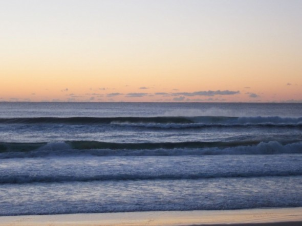 Surfers Paradise 6月14日