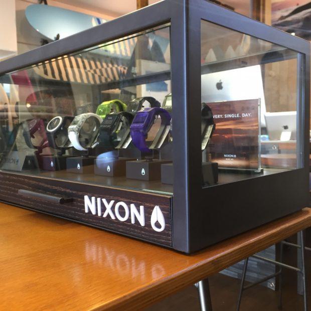 NIXON 仙台 ニクソン腕時計